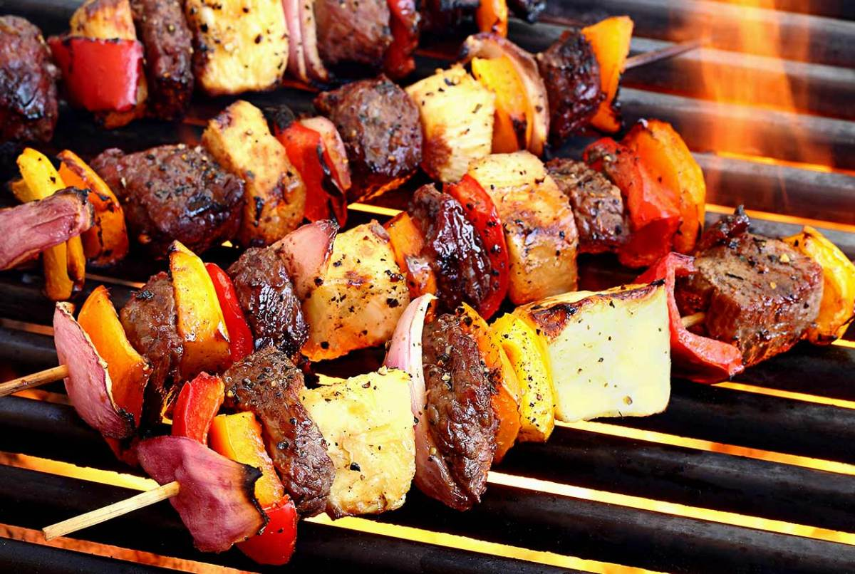 easy paleo recipe for beef shish kabobs with teriyaki sauce/marinade