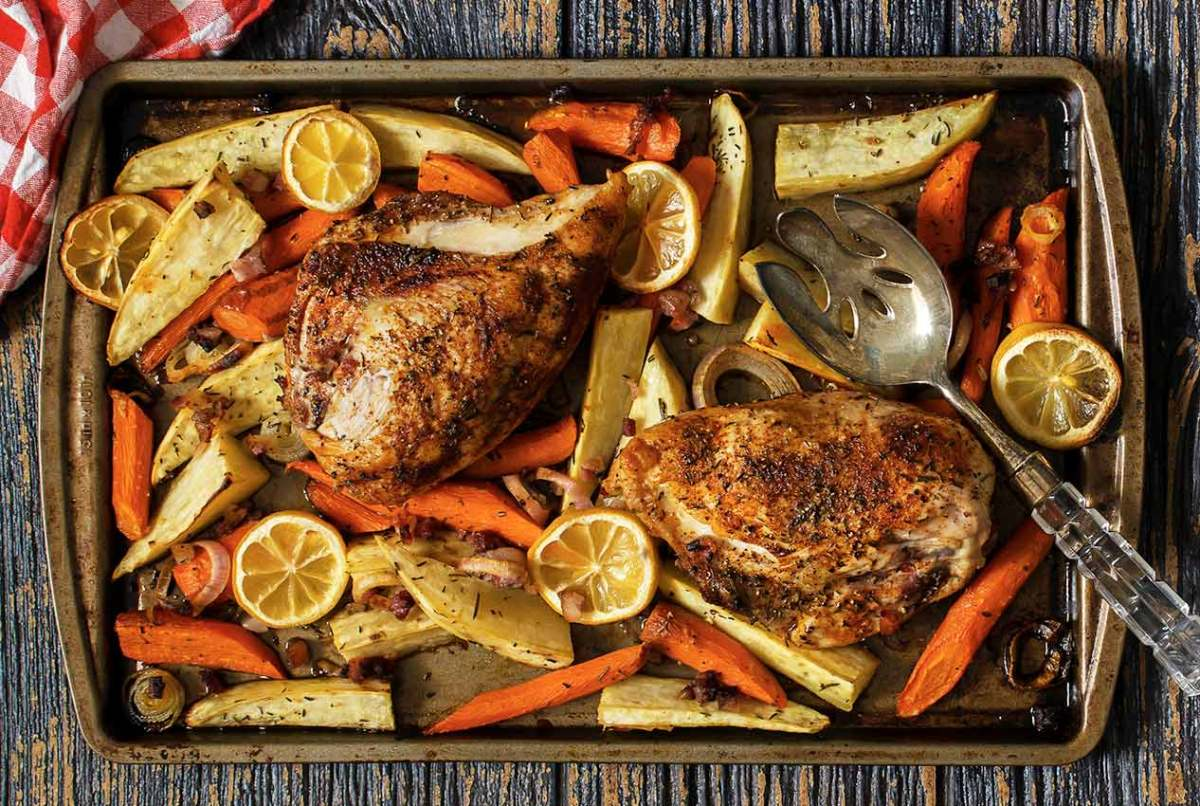simple paleo recipe for pan roasted chicken with veggies