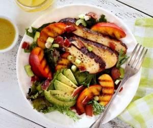 easy paleo chicken and peach salad recipe
