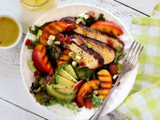 Grilled Chicken & Peach Salad w/Honey-Lime Vinaigrette