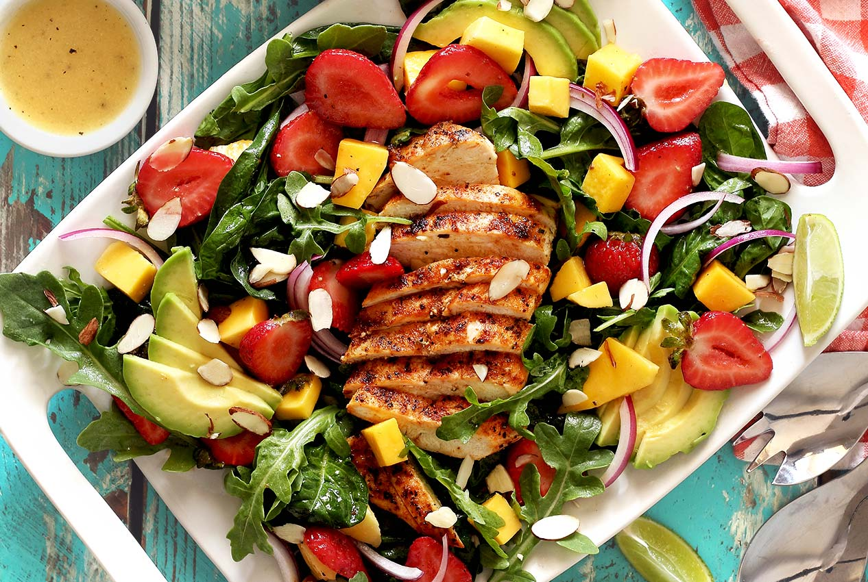 easy paleo recipe for strawberry mango chicken salad