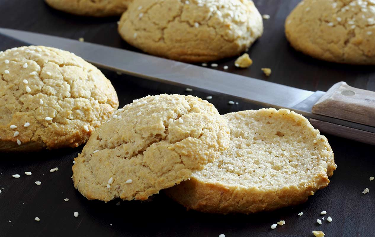 easy gluten-free and paleo recipe to make small buns