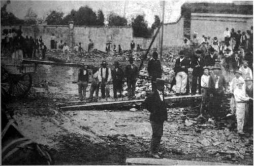 Demolición de la Casa de Rosas en 1899
