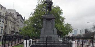 audiencia pública por el traslado de los monumentos Juana Azurduy y Juan De Garay