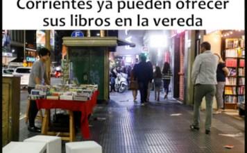 Las librerías de Av. Corrientes ahora ofrecen sus libros en la vereda