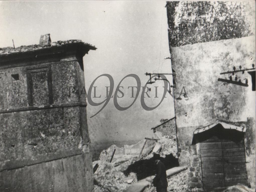 Via S. Francesco - Palazzo Veccia - visto da Via dei Merli