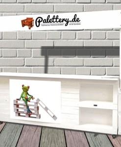 Paletten-Empfangs-Messetresen-Gewerbe-Startups-business-bay1