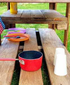 Kinderküche Matschküche aus Paletten Möbel (6)