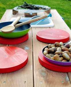 Kinderküche Matschküche aus Paletten Möbel (9)