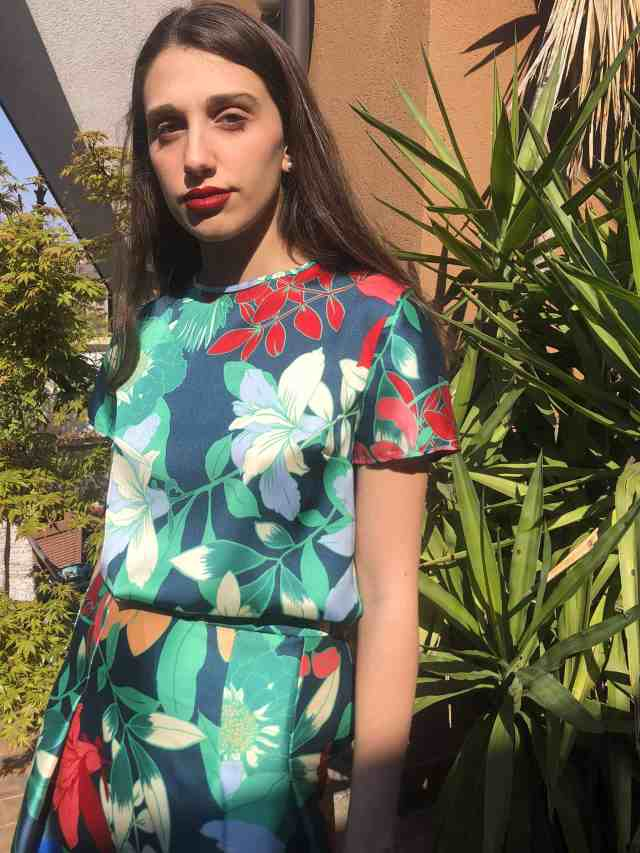 Miuccia t.shirt and skirt set with skirt four pleats, viscose macro floral scarf print