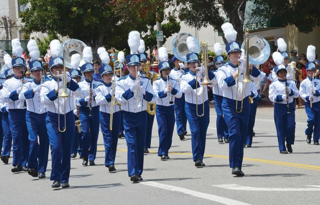 The award-winning Palisades High School band marched in last year's Photo: Shelby Pascoe Fourth of July parade.