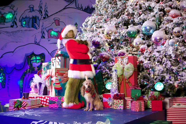 "The Grinch and Max at ""Grinchmas"" at Universal Studios Hollywood"