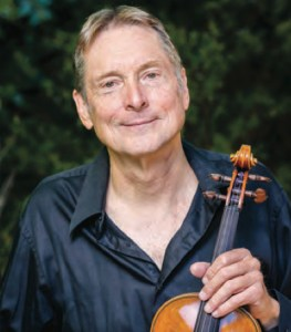 Violinist Peter Kent will perform Bach's Violin Concerto in E Major.