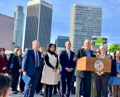 Councilmember Mike Bonin, who represents Pacific Palisades, announcing alongside  Mayor Eric Garcetti that the LADWP will not rebuild three fossil fuel power plants. Photo: Courtesy Mike Bonin.