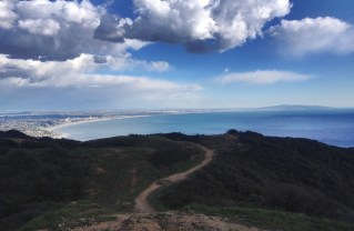 A bill going through the U.S. House of Representatives would make all of Santa Monica bay part of the Santa Monica Mountains National Recreation Area. Photo: Getty Images.