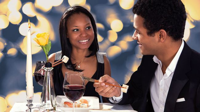 4 Ways to Celebrate Your Engagement