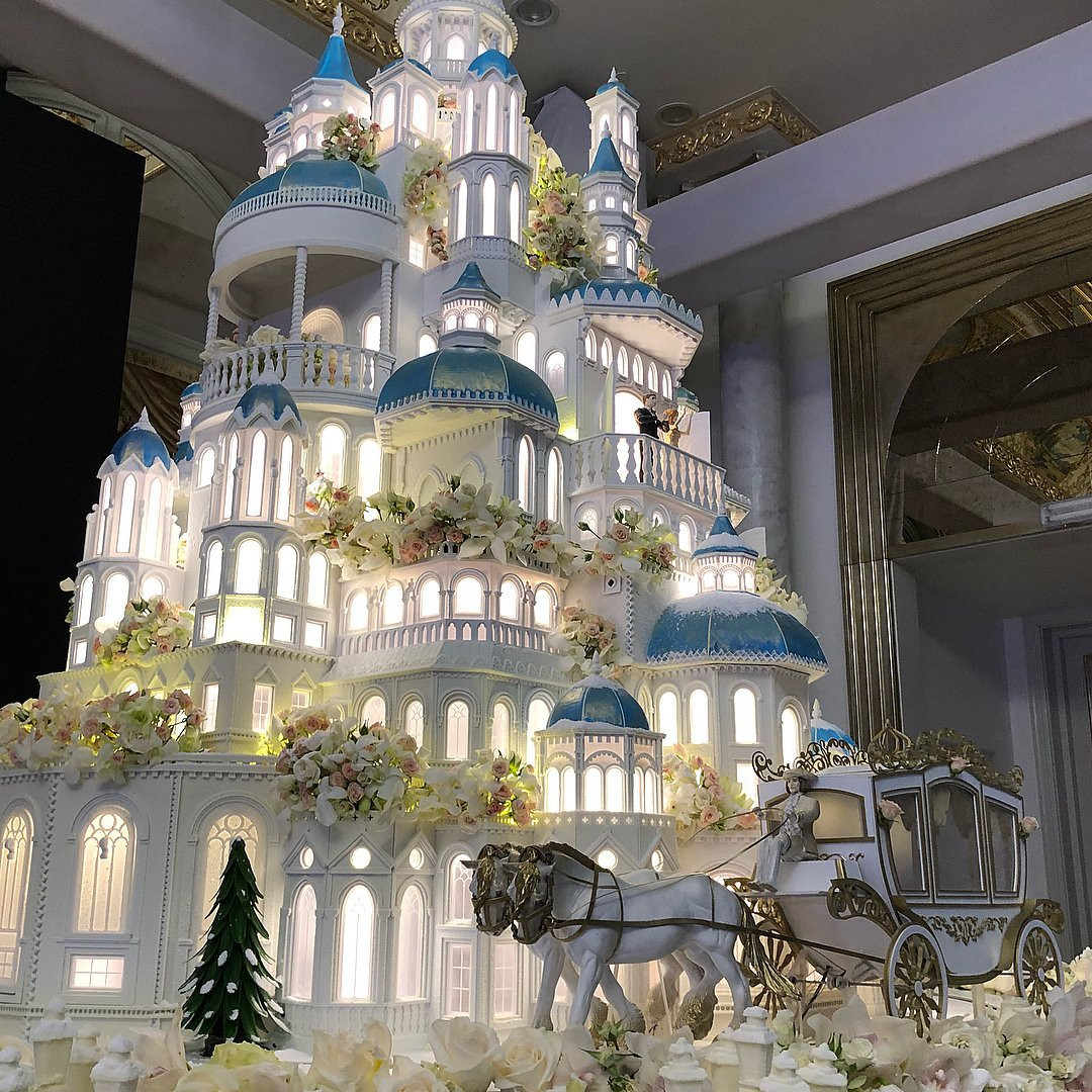 Castle Wedding Cakes and why you should consider one
