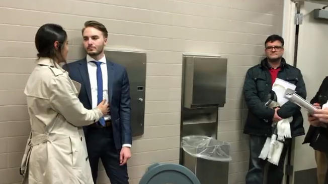 PHOTO: Beautiful Couple ties knot in the Bathroom