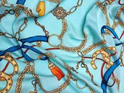 Ткань штапель принт цепи на мятном фоне купить недорого в Украине