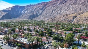 """""""Cottage Rentals in Palm Springs"""""""