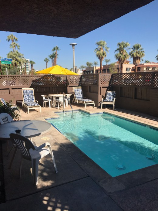 """""""Summer Vacation Cottage Rentals in Palm Springs"""""""