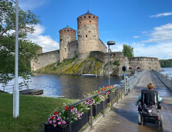 Esteetön Savonlinna