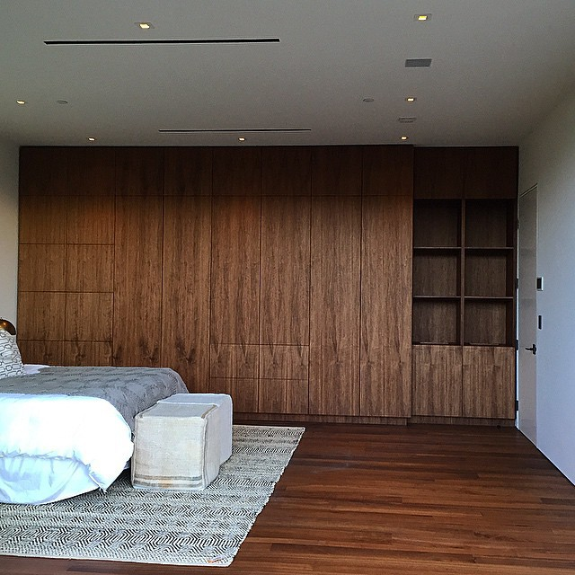 Full Height Wardrobe in a Modern Bedroom