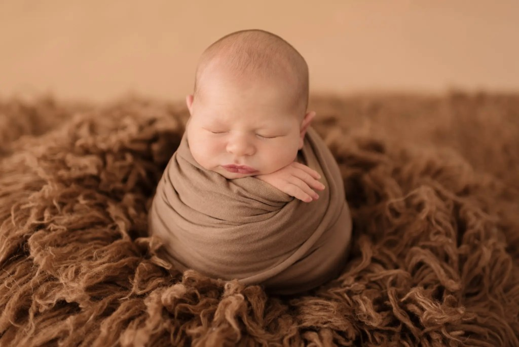 Newborn Posing Southern Ohio