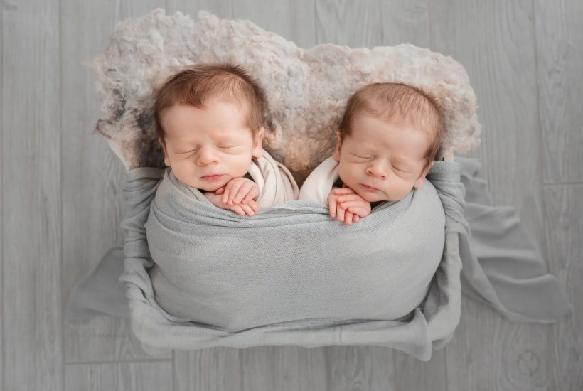 Portsmouth Newborn Twin Photos