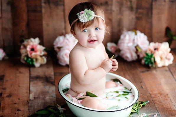 Eastern Kentucky Milk Bath Baby Photographer Best