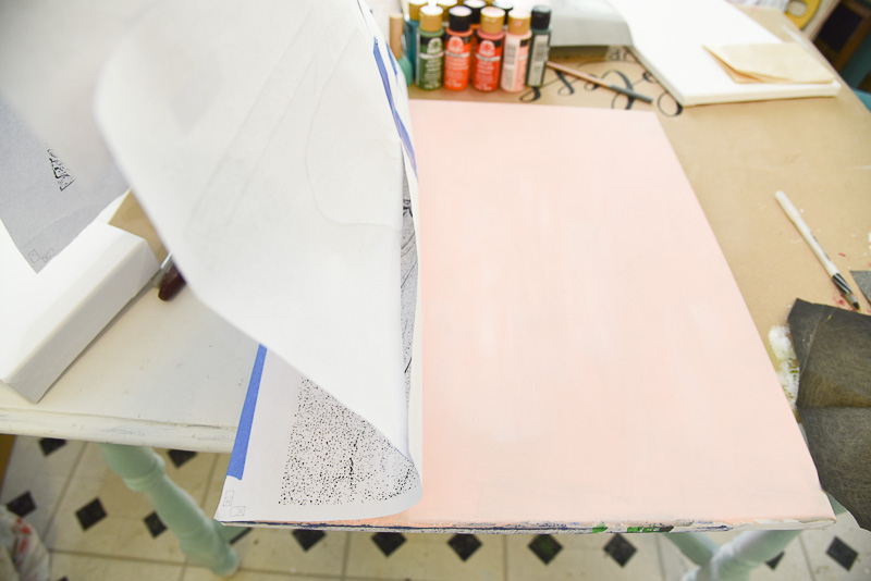 painting surface with pattern totransfer painting patterns
