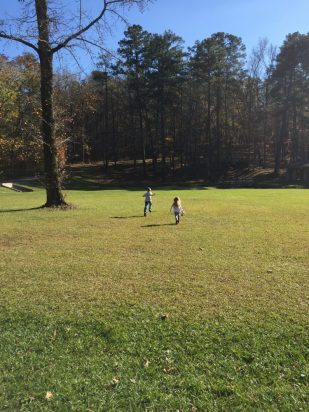 Oak Mountain State Park, Birmingham Alabama With miles of trails for running or biking, golf, horseback riding, boating, and great cabins this park has something for everyone! #familytravel