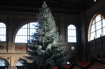 The Christmas tree at the train station