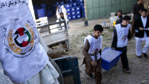 130909105629_afghanistan_election_304x171_iec