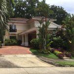 Se vende lujosa casa totalmente amoblada – PH Camino de Cruces – 800m2 –