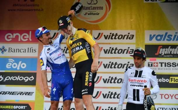 La foto del giorno: Un pò di refrigerio  per Van Aert dopo la vittoria alla Milano San Remo