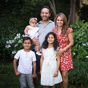 Dr Hendifar family