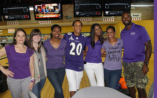 Former NFL Player Calvin Johnson Jr. joins pancreatic cancer survivors and volunteers at Atlanta bowling event