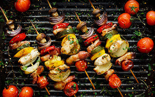Grilling skewers of vegetables does not produce carcinogens – cancer-causing substances – as opposed to grilling meats