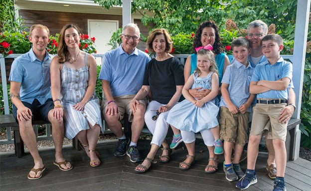 Stage IV pancreatic cancer survivor and family on summer vacation