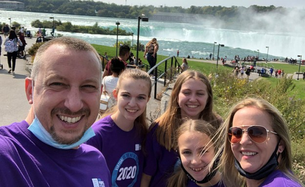 The Schiffmacher family in PanCAN PurpleStride shirts.