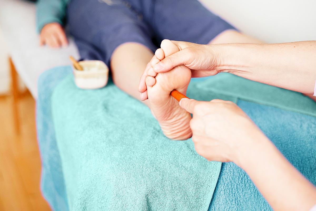 Massage Thai des pieds et jambes
