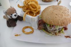 Texas Burger mit Curly Fries