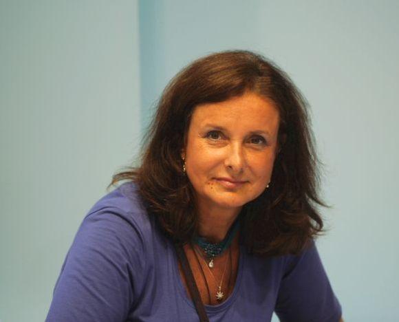Manuela Kron