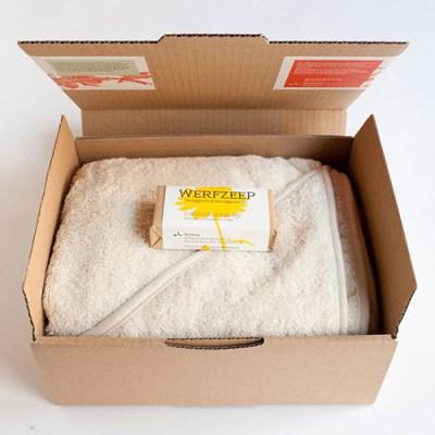 geboorte cadeau - Baby omslagdoek met natuurlijke zeep – baby badcape