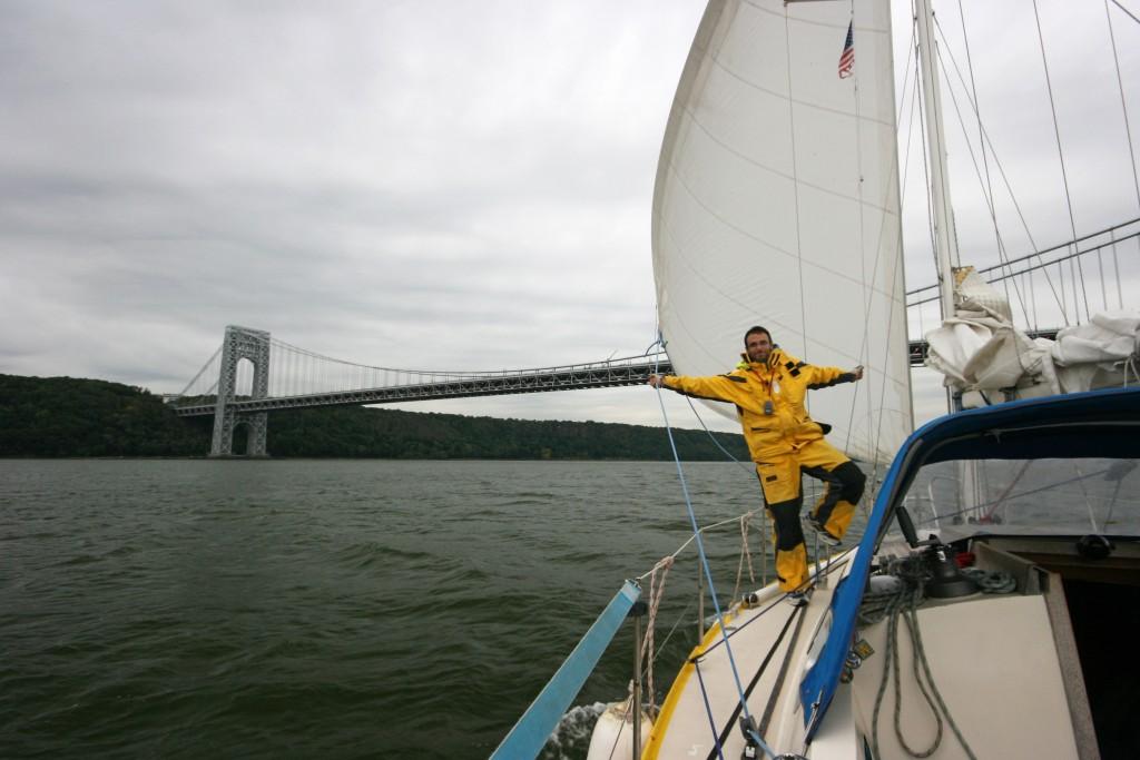 Washington Bridge : remontée de l'Hudson : temps d'hiverner Pando !