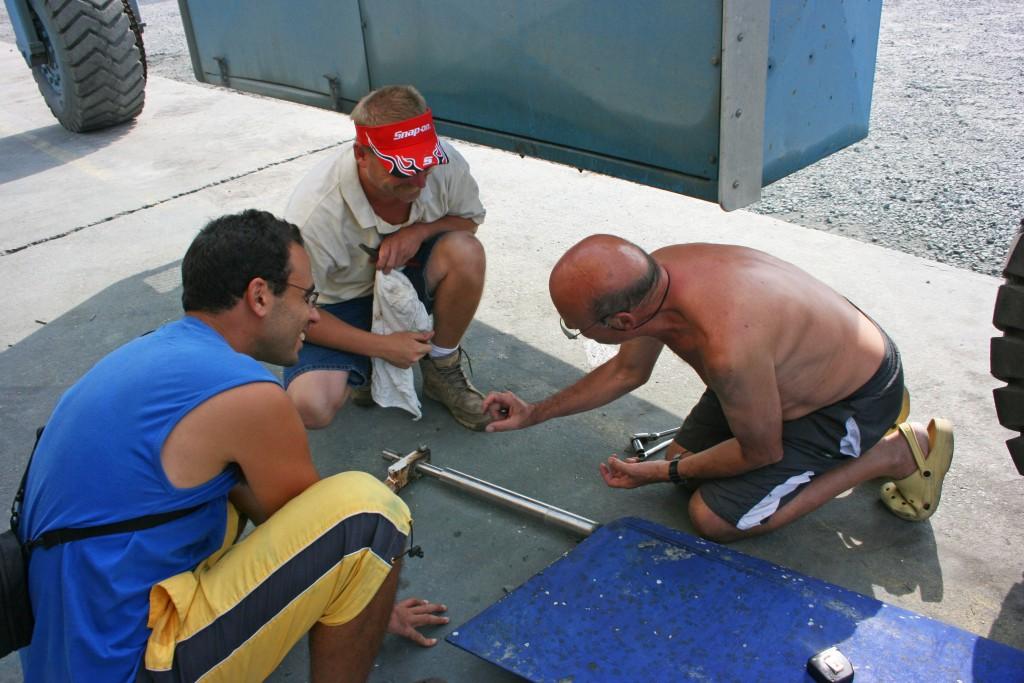 Mon père au chevet du safran... plus heureux sur un chantier qu'en mer ?