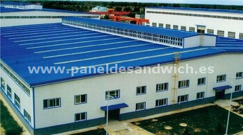 Construcción naves industriales con Panel Sandwich
