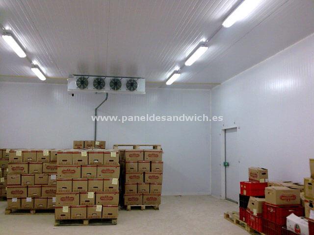 Panel Sandwich Frigorífico para Cämaras de Congelación