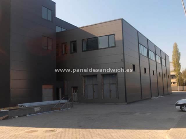 Panel Sandwich Fachada de Tornillería Oculta para la construcción de oficinas en Lugo